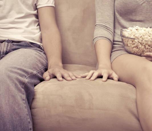 Как вести себя при первом знакомстве с девушкой